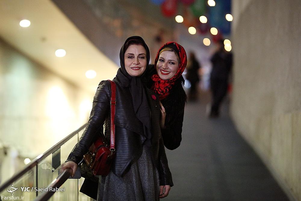 عکس مریلا زارعی و خواهرش در جشنواره فیلم فجر