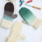 آموزش رنگ آمیزی دستکش بافتنی ساده